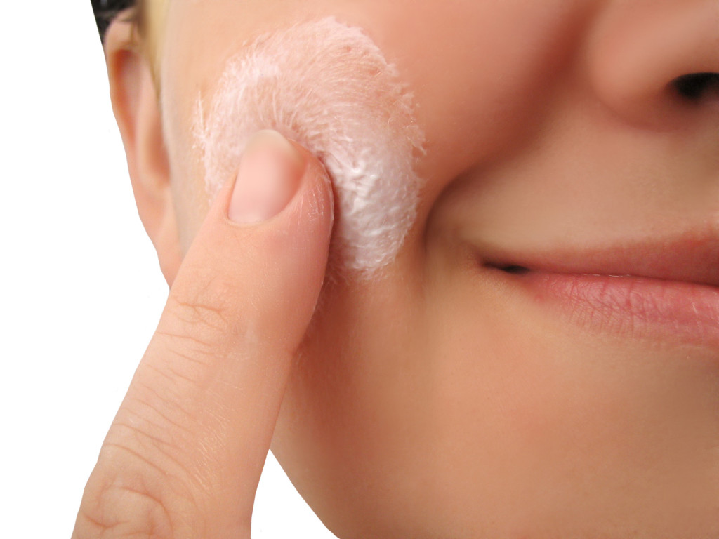 Lucent Skin exfoliator reviews